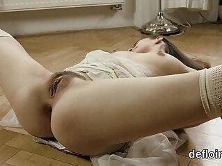 chick, rubbing, virgin